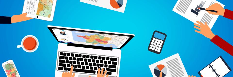 une réunion commerciale facilitée par l'usage d'un tableau de bord géographique
