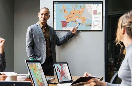 afficher ses KPIs dans un tableau de bord commercial géographique